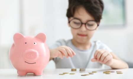 Entenda a importância da educação financeira infantil